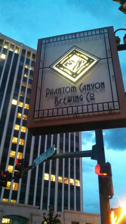 Phantom Canyon Brewing Co: Outside Sign
