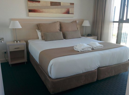 iStay River City: Nice bed