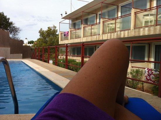 Hostal Residencia Molins Park : Dalla piscina