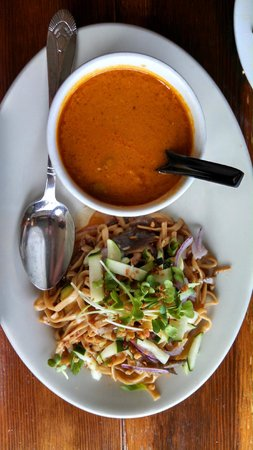 B Star: Garlic noodles and butternut squash soup~ yummm!