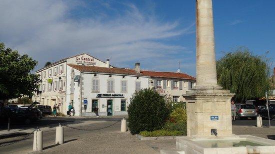Hotel Le Central: Le Central Hotel Coulon