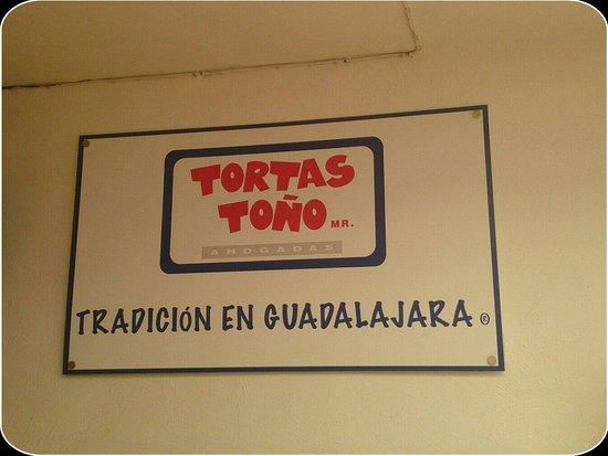 Tortas Tono: Logotipo