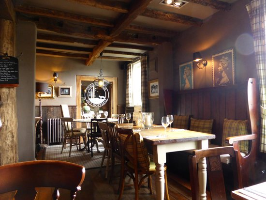 The Stretton Fox: Relaxed