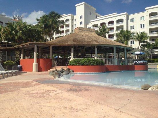 Embassy Suites by Hilton Dorado del Mar Beach Resort: View of the pool