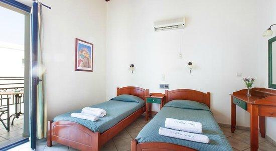 Alkionides Hotel