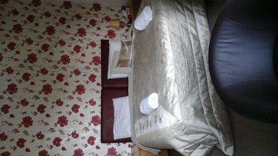 Glenbank House Hotel: our room