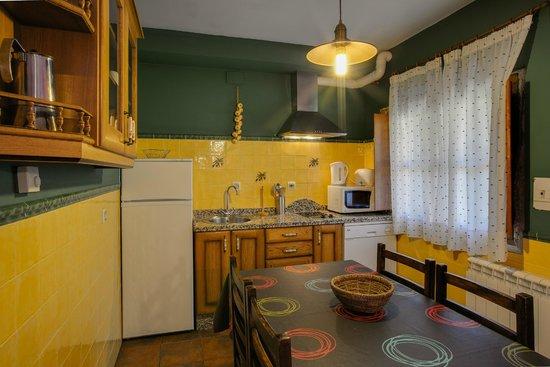 Casa Rural Acebuche: Cocina
