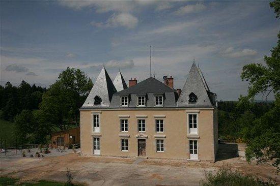 Châteauneuf-la-Forêt, France : Kasteel