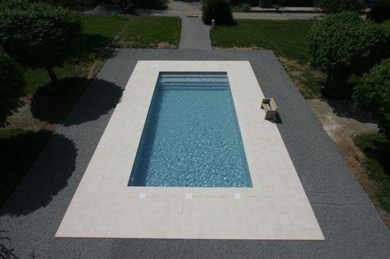 Châteauneuf-la-Forêt, France : Heerlijk verwarmd zwembad