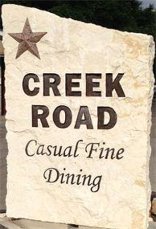 Creek Road Cafe: Watch for the sign on Highway 290.