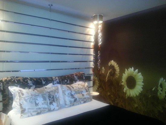 Les Fleurs Boutique Hotel: Camera Luxury Girasoli