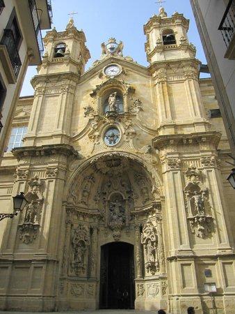 Iglesia de Santa Maria del Coro : Fachada