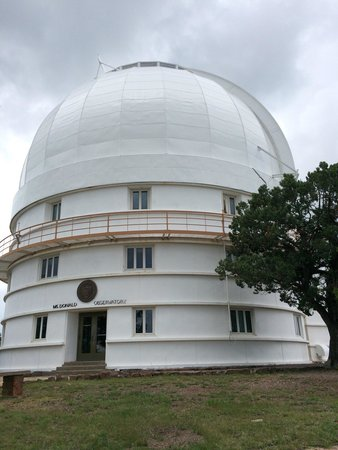 """McDonald Observatory: The dome housing the 82"""". My husband as viewed the night sky with this one....years ago!!"""