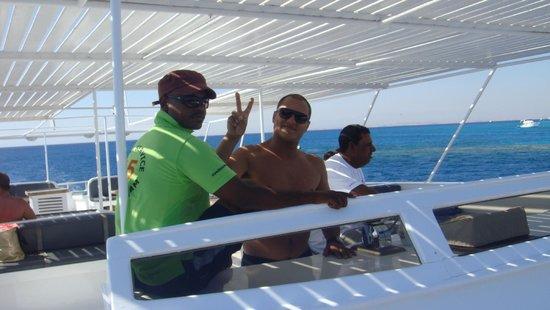 Blue Paradise Diving Center: enkele gekke crewmembers