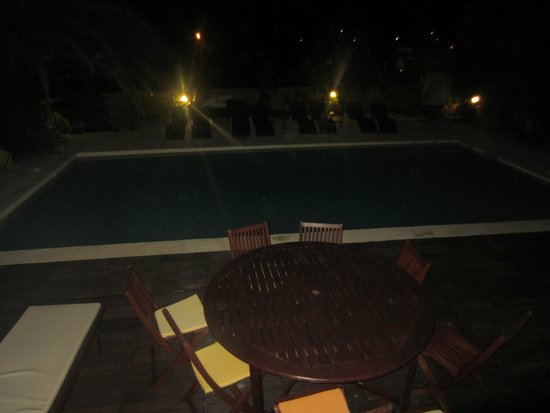 Magnolia B&B: Zona de playa/piscina