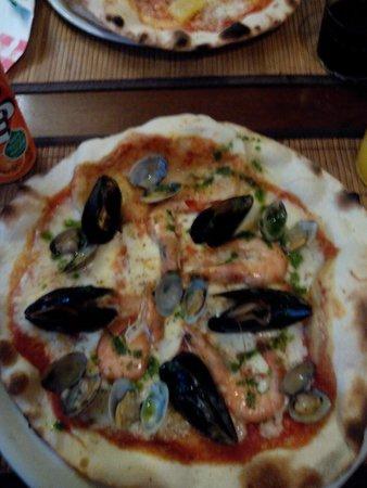 Pizzeria La Lanterna: Pizza