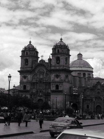 Plaza de Armas: Espectacular. Genial Imponente Muchos sitios que recorrer cerca. Se recomienda.
