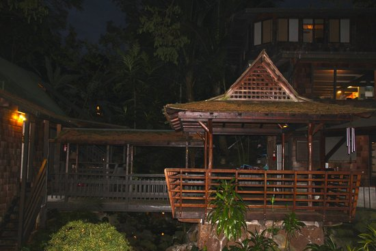Hale Maluhia Country Inn (house of peace) Kona: tiki