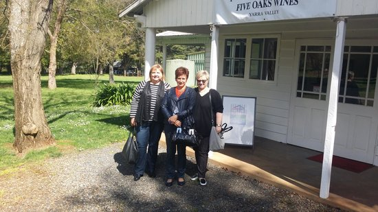 Yarra Valley Private Winery Tours: Having an enjoyable day