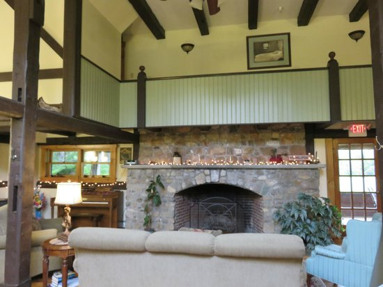 Franconia Notch Guest House: Great Room