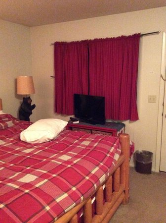 Snow King Resort : I've stayed in roadside motels with better decor.  This is the master bedroom