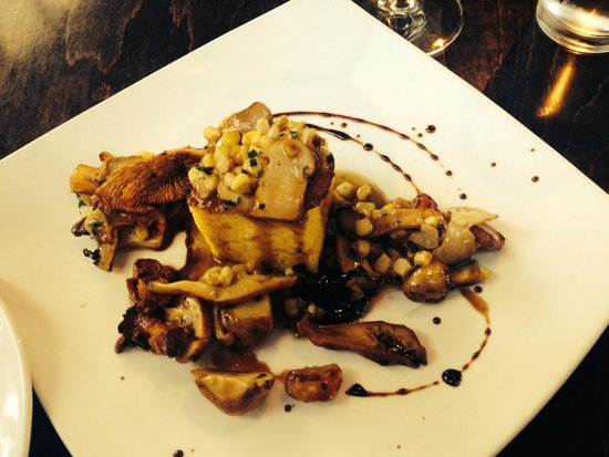 Vin 48: Sauteed wild mushrooms