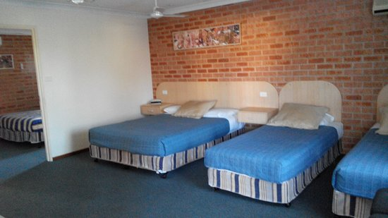 Branxton House Motel: Family Unit