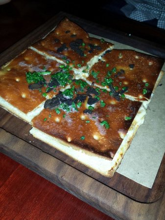 Fix : Crispy ricotta and truffle oil foccacia!