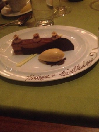 Summit at The Broadmoor : Crunch cake was really amazing!