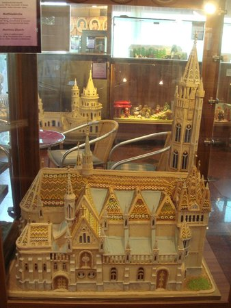 Szabo Marcipan Museum: Церковь Святого Матьяша.