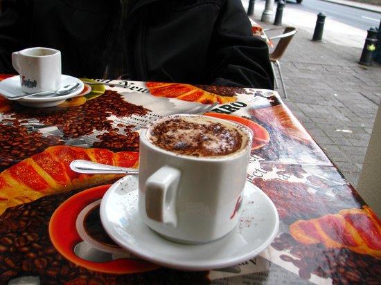 Abreu's Cafe: Coffee!