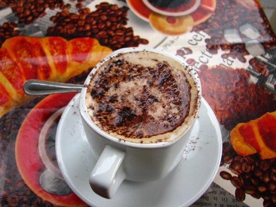 Abreu's Cafe: Sweet, sweet bica.