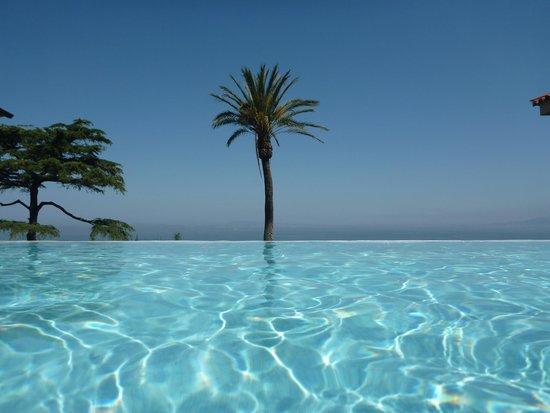 Villa Sabrina Relais : Piscina c/ vista incrível