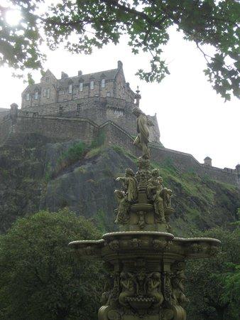 Gerald's Place: Edinburgh Castle