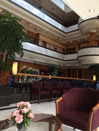 Holiday Inn Shanghai Songjiang: ロビー