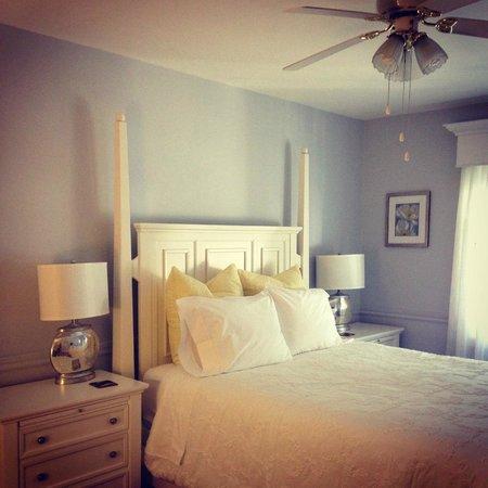 Cape House B&B: Riesling Room