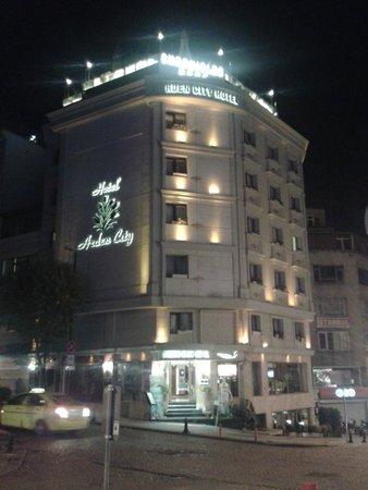 Arden City Hotel: Prédio do hotel.