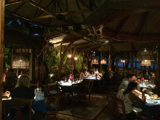 Dining room view picture of mama 39 s fish house paia for Mama s fish house