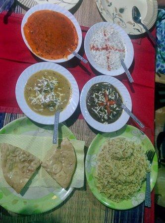 Shankara Vegis Restaurant: And all for less than INR 400