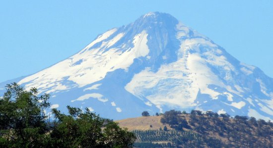 The Dalles: Camera View of Mt. Hood from Dalles Dam Visitor Parking Lot, Dalles, OR