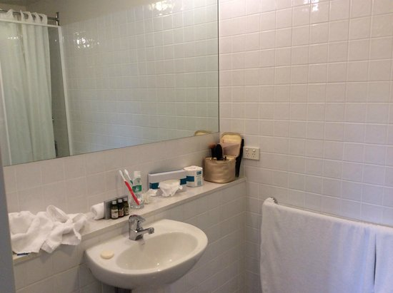 Somerset on Elizabeth, Melbourne: Bathroom