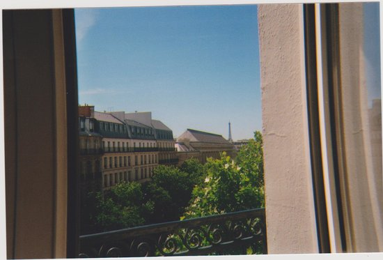 Hotel Cluny Square: View of Eiffel Tower
