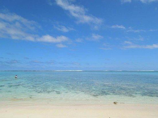 Sea Change Villas: Beach