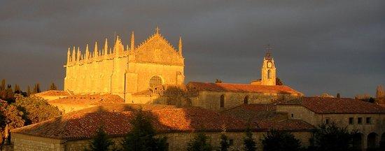 Burgos, Spanien: Vista general del Monasterio Cartuja de Miraflores