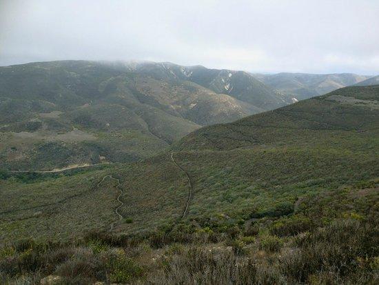 Valencia Peak Trail : Overlooking trails