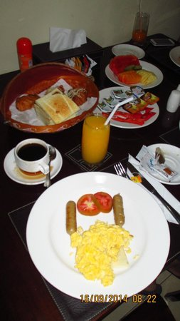Gracia Bali Villas: American Breakfast