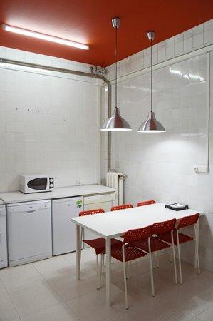 Di Como Cocinas | Cocina Bild Von Hostel Como En Casa Leon Tripadvisor