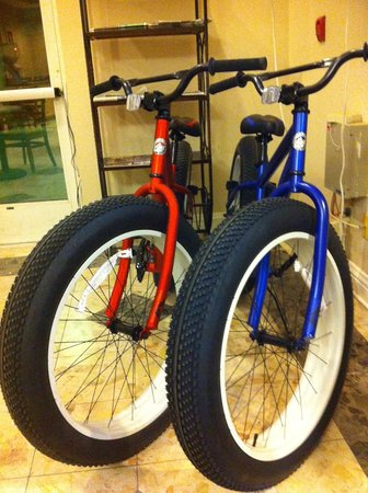 Brawley Inn Hotel & Conference Center: Stay at the Brawley Inn and enjoy Fat Tire bikes