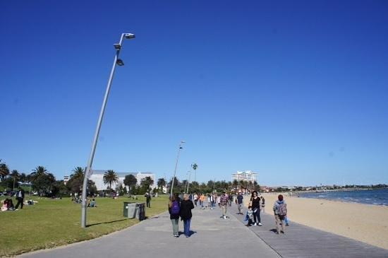 St. Kilda Beach: st Kilda au printemps