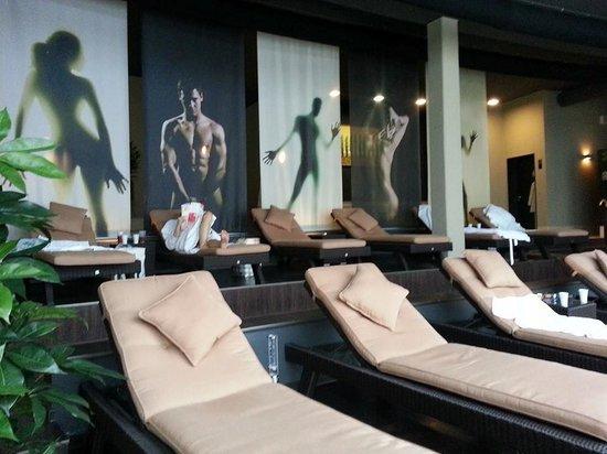 Oversum - Vital Resort Winterberg: Ruheliegen im Saunabereich
